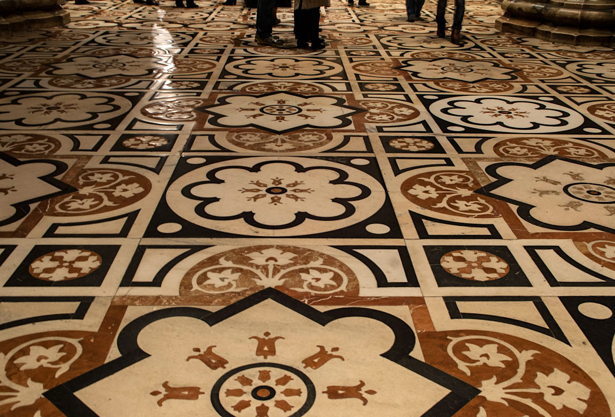 Magnificent patterned floor